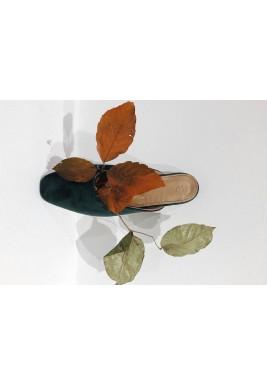 حذاء أخضر مخمل بمقدمة مربعة