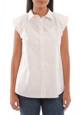 قميص أبيض بأكتاف مبطنة
