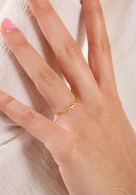 """خاتم """"حب"""" من الذهب"""