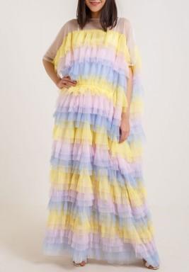 فستان ملون ذو رفرفات بأكمام قصيرة