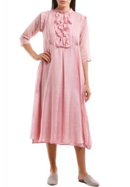 فستان وردي برفرفات متوسط الطول