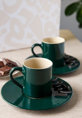 طقم فنجانين قهوة خضراء بأحرف ثلاثية الأبعاد