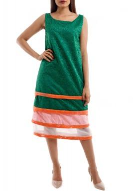 فستان أخضر دانتيل بدون أكمام