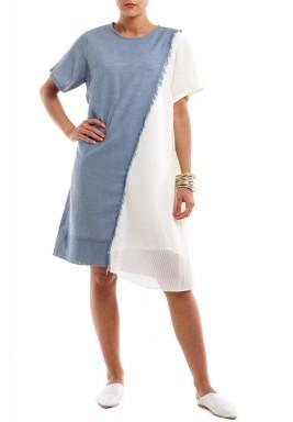 فستان أبيض وأزرق بكسرات