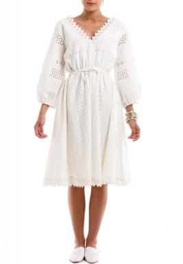 فستان أول وايت