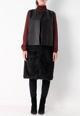 معطف أسود فرو بدون أكمام