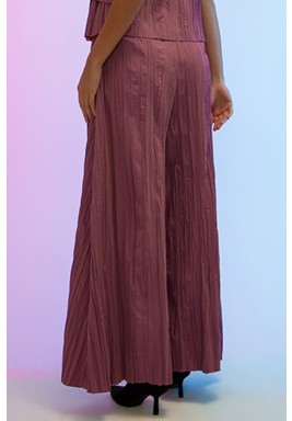 Classic pleated wide legged pants