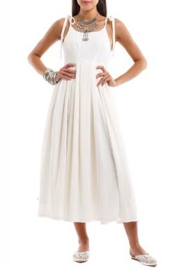 فستان بلانش الأبيض