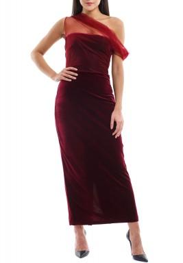 فستان ماروني مخمل بكتف مشكوف
