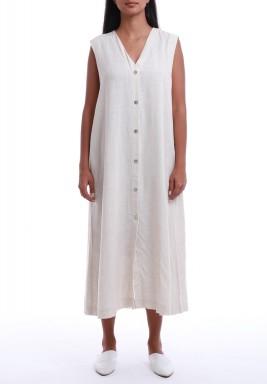 فستان أبيض بأزرار بدون أكمام